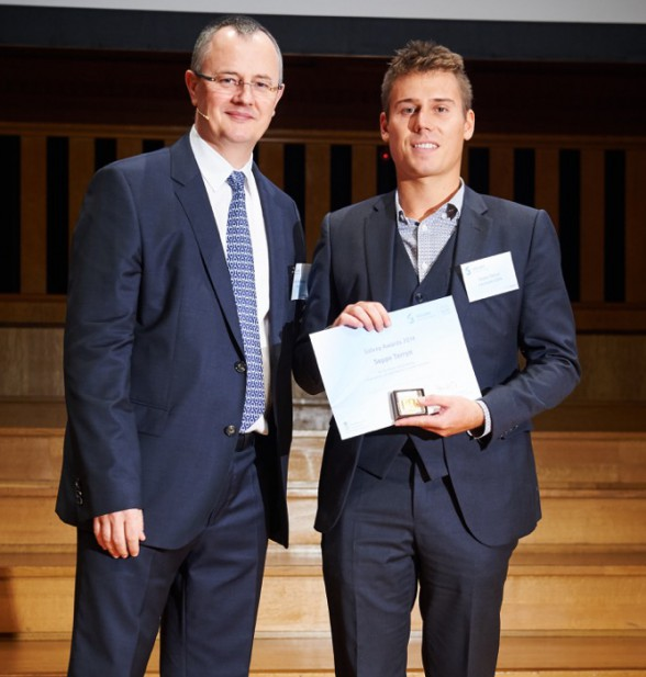 Seppe Terryn wins Solvay Award on self-healing materials for soft robotics